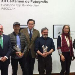 ENTREGA DE PREMIOS Y EXPOSICIÓN DE FOTOGRAFÍA XII CERTAMEN DE FOTOGRAFÍA FUNDACIÓN CAJA RURAL DE JAÉN Recicla +